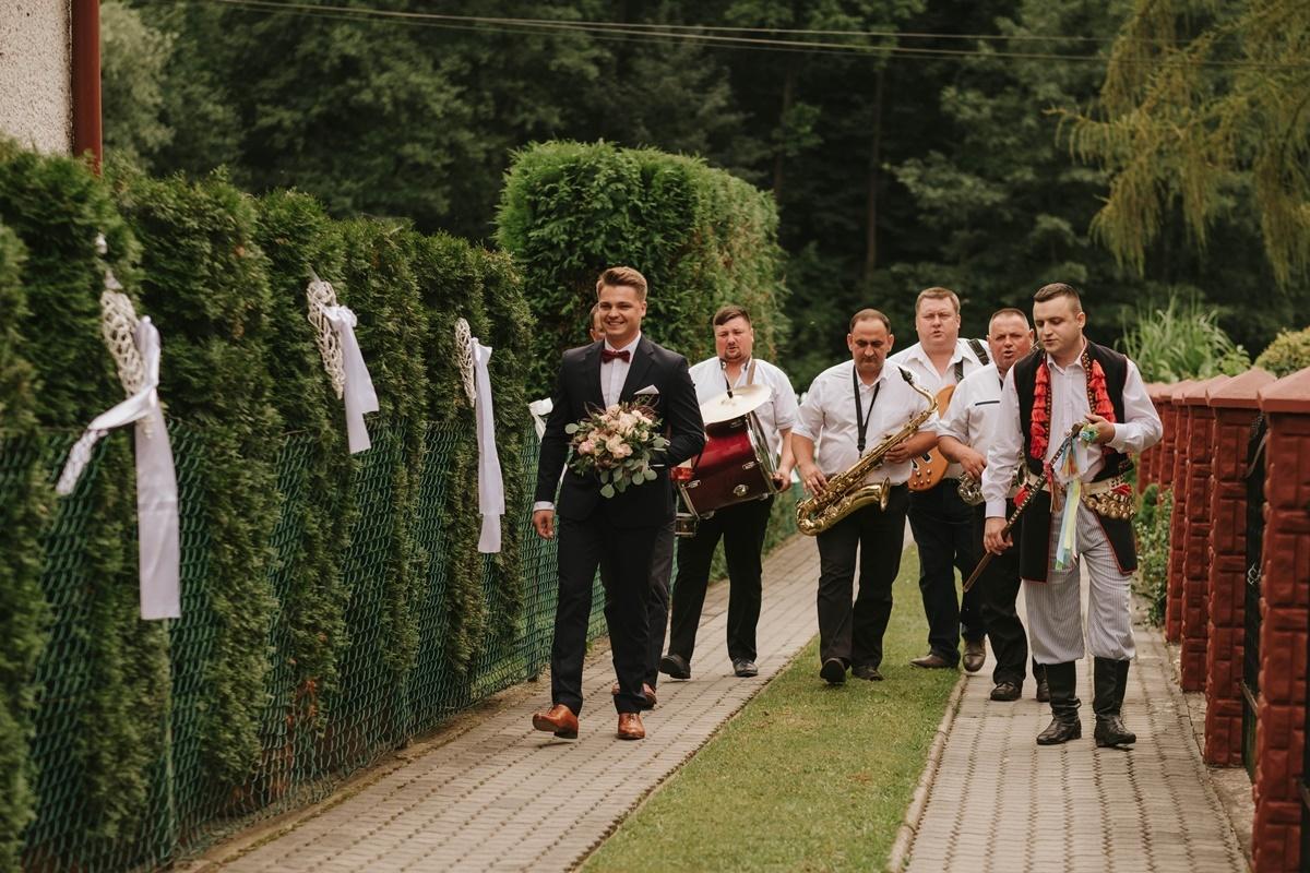 wesele-tarnow-sesja-slubna-grodek-nad-dunajcem-fotograf-tarnow-sylwia-sygnator-art-020